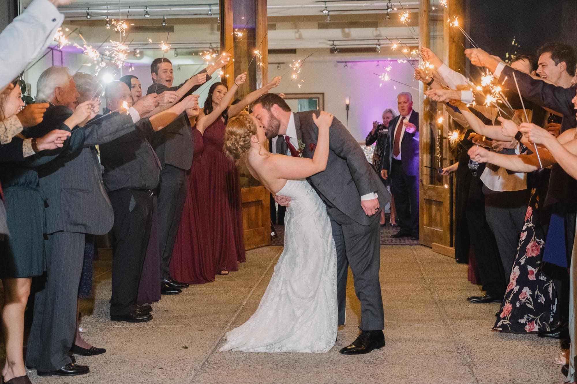Kaitlin + Johnny | Scottsdale Wedding at Grayhawk Golf Club by Cyndi