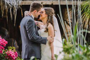 Phoenix wedding photography of bride and groom