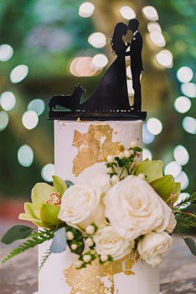 Phoenix Wedding Photography of wedding cake on wedding day