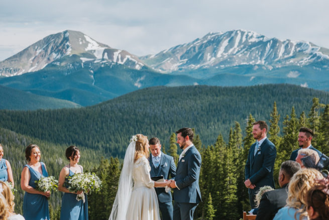 Three Reasons to Have an Unplugged Wedding